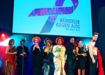 Künstler gegen Aids TDW Nov 2013